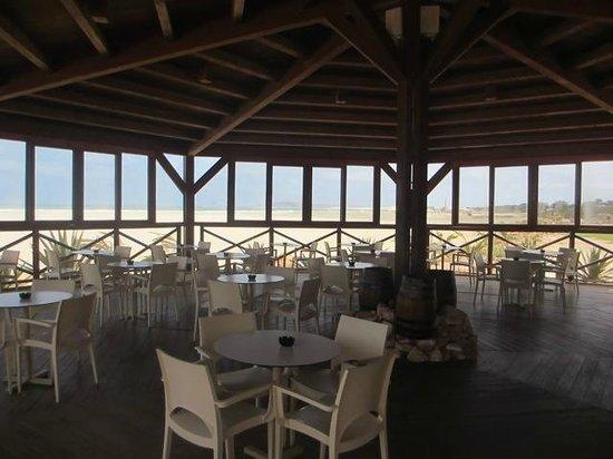 IBEROSTAR Club Boa Vista : Restaurant / Bar de la plage