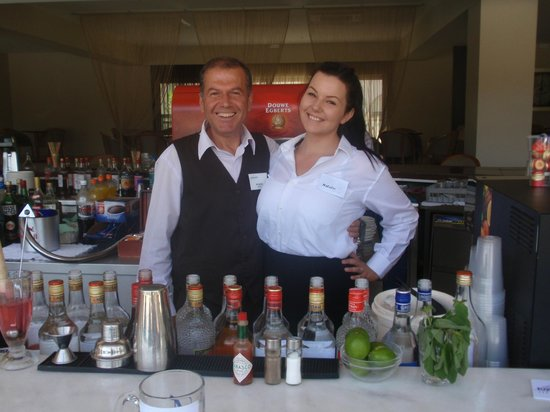 Kipriotis Hippocrates Hotel: They just make you more enjoy your drink .....