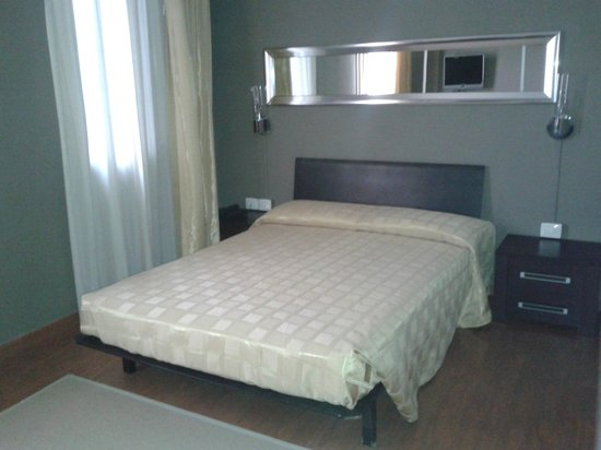 Small Hotel Royal : letto