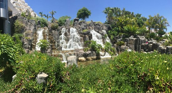 Be Live Experience Playa La Arena : Waterfall in the hotel grounds