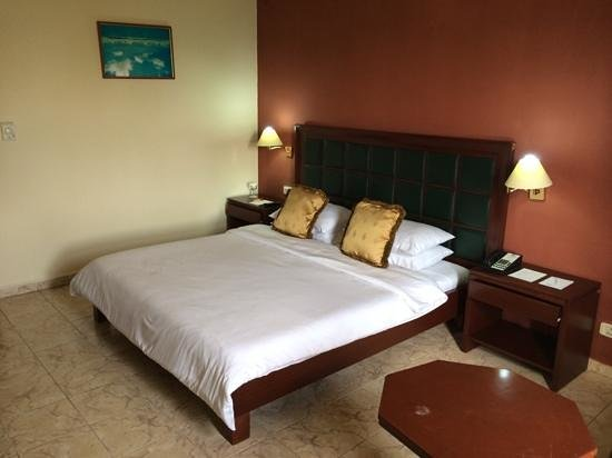 Transcorp Hotels: Spacious and expensive!