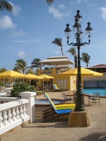 Amsterdam Manor Beach Resort: Pool area