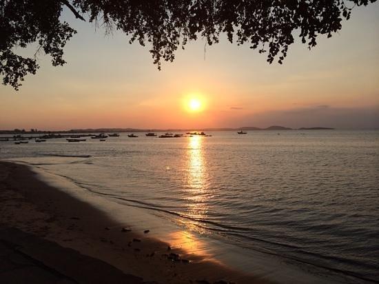 Praia de Manguinhos : puerto