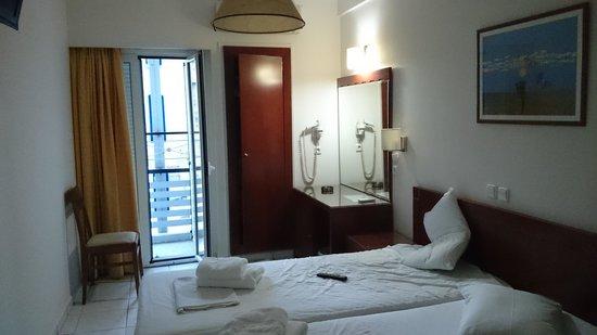Epidavros Hotel: la chambre