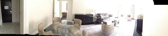 Loews Regency New York Hotel: Bedroom