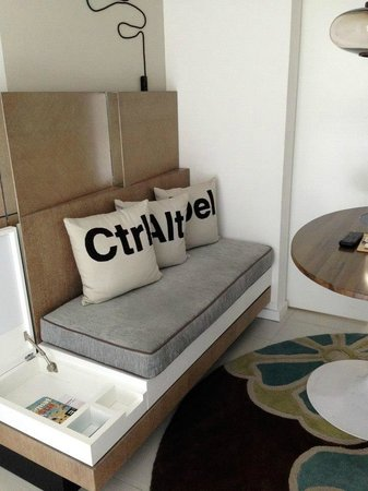 Royal Palm South Beach Miami, A Tribute Portfolio Resort: Room 362