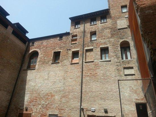 Palazzo Roverella Cortile