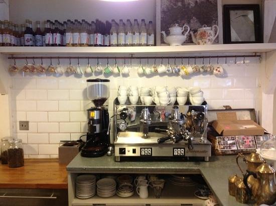 Staverton Bridge Cafe: incredible coffee