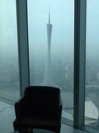 Four Seasons Hotel Guangzhou: TV tower from the lobby