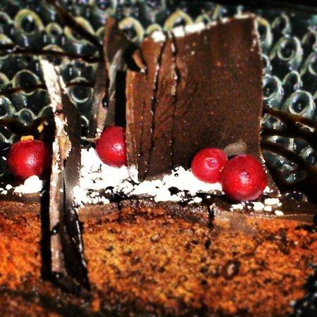 L'Home dels Nassos Tarragona : Un terrible pastís de la iaia...xocolata i meló. Increïble!