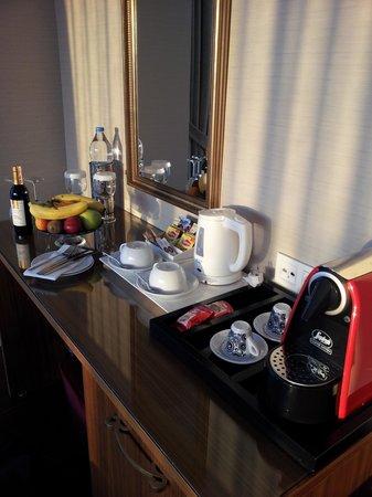 Neorion Hotel: detalles en la hab superior