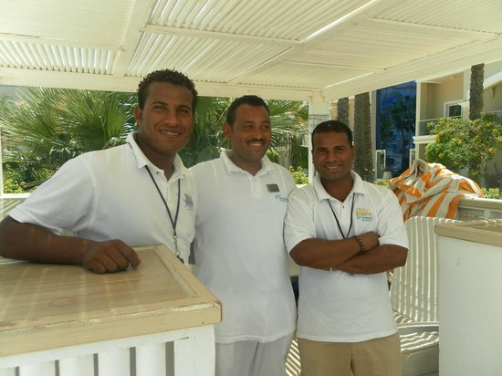 Sensimar Premier Le Reve: Mourad, Osama and Tarek - the most smiley pool boys