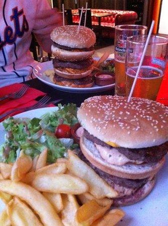 Hollandais sport Burger : triple et double burgers