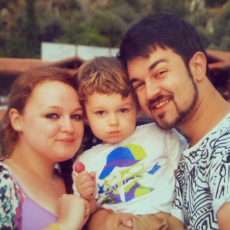 Suncity Hotel & Beach Club : Family photo by tweety