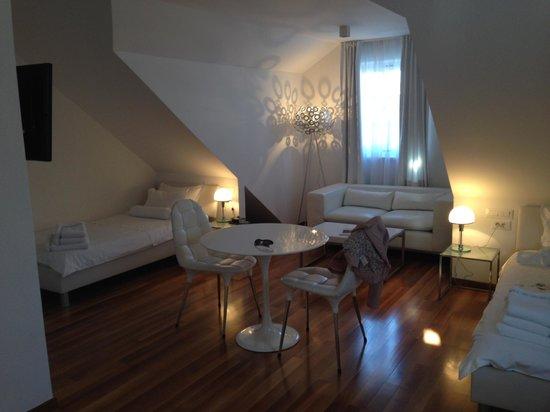 Divota Apartment Hotel: room