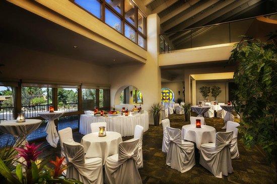 Pointe Hilton Squaw Peak Resort: Palacio Wedding Reception Area
