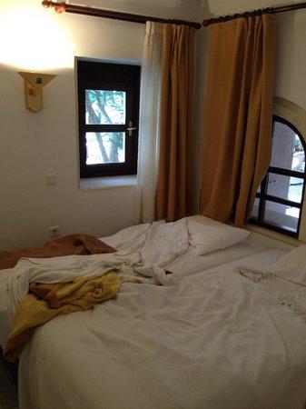 Palazzo Rimondi: Room 301 bed
