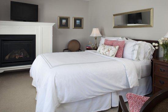 Brewster House Bed & Breakfast: Cape Neddick room