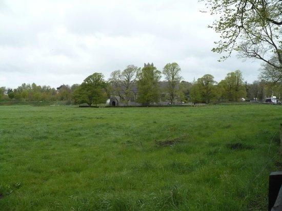 Old Augustinian Friary: Abazia nascosta tra gli alberi