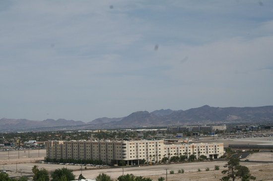Wyndham Grand Desert : McCarran Int'l Airport