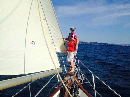 Tudor Dawn Sailing Charters : Tudor Dawn