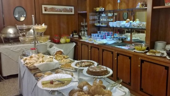 Marconi Hotel: Breakfast Buffet