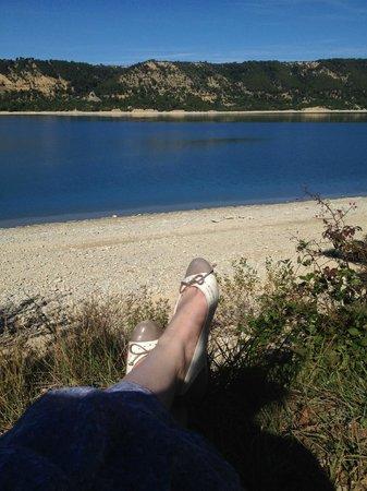 Les Cles du Verdon : У озера