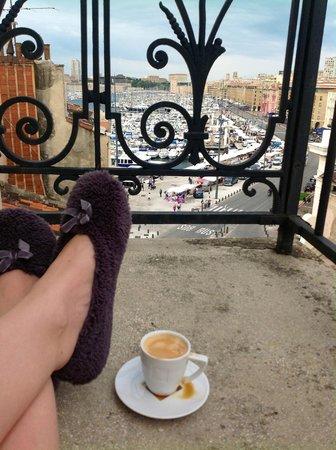 New Hotel Vieux Port : Утренний вид с балкона