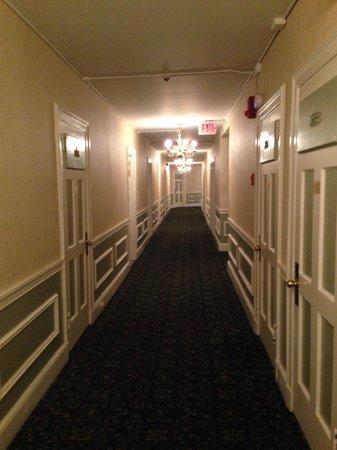 Hawthorne Hotel : Hall
