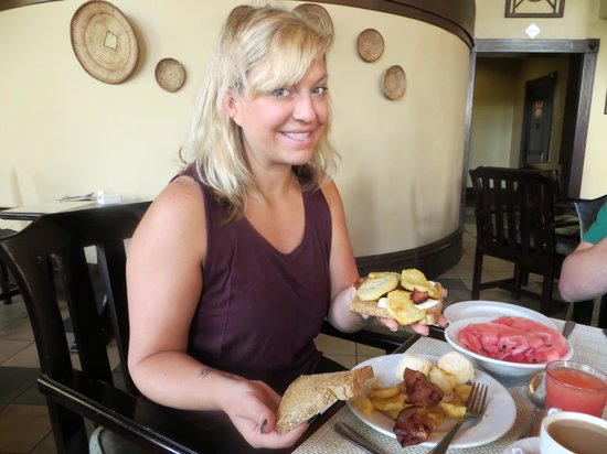 The Kingdom at Victoria Falls: Now that's a breakfast!