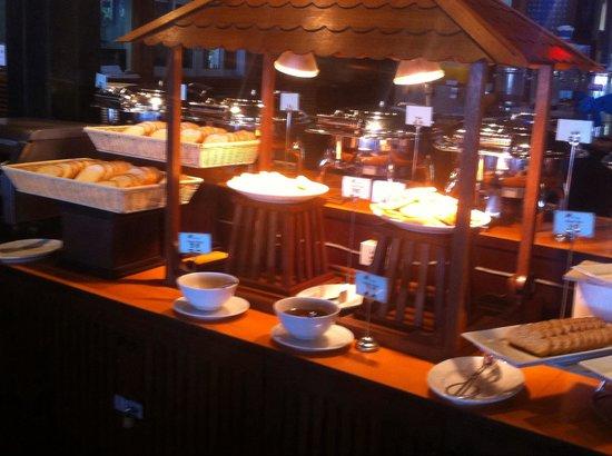 Railay Bay Resort & Spa: Viennoiseries à foison !
