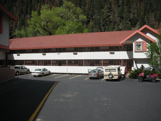 Hot Springs Inn: North Building