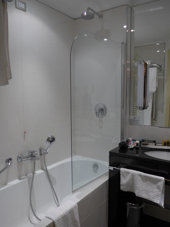 FH Grand Hotel Palatino: Bathroom