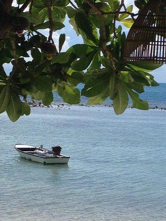 High Life Bungalow Resort: Por ahí en la playa
