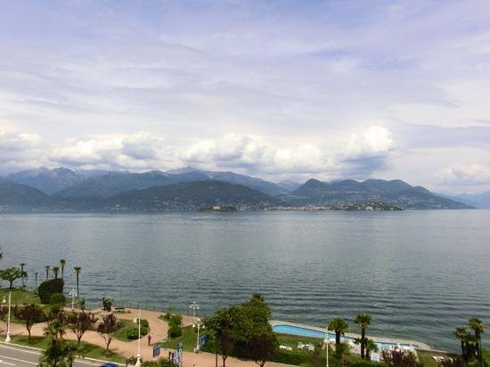 La Palma Hotel : View of Lake Maggiore from our room