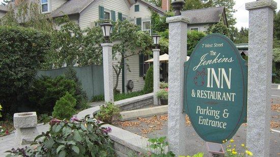 The Jenkins Inn & Restaurant Bild