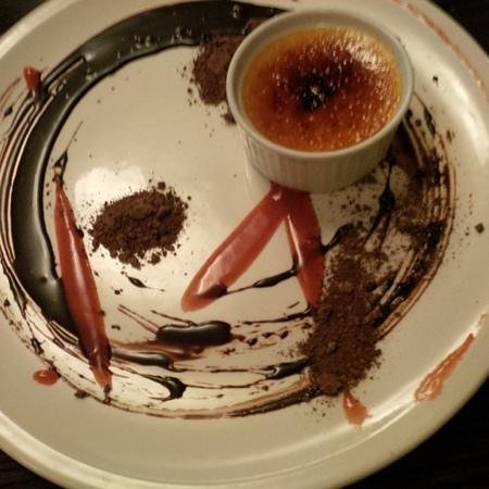 293 Wallace Street Restaurant: creme brulee at Joe's