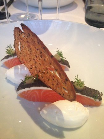 Le Jardin des Remparts : Salmon in a different way