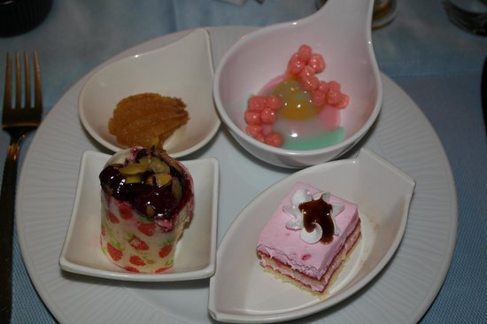 Jacaranda Club & Resort: Вкусности