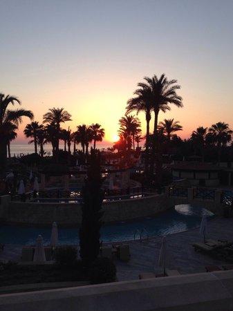 Elysium Hotel: Stunning sunset