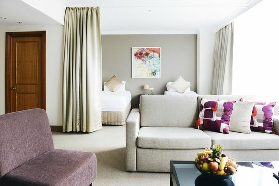 Rydges Melbourne Hotel: Penthouse Suite