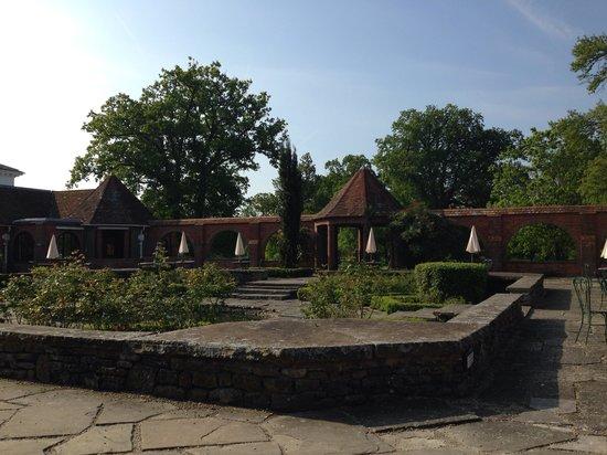 Milton Hill, Abingdon: The Italian garden