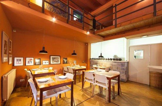 Restaurant La Cantonada: Comedor de abajo