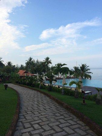 Chen Sea Resort & Spa Phu Quoc: Бассейн