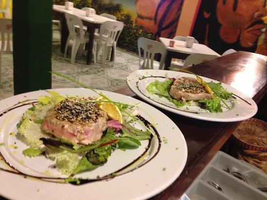 Pura Vida Sushi & roots bar: Tataki de atún