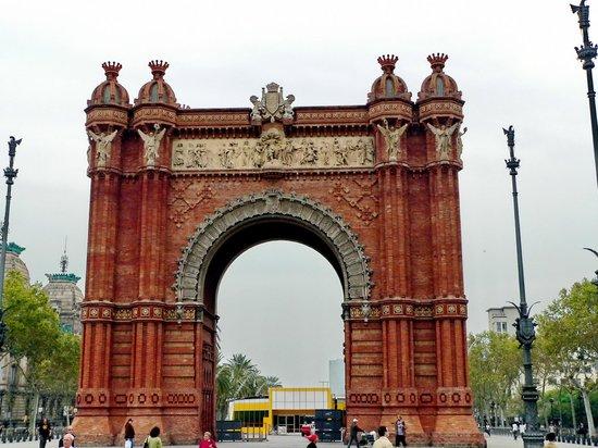 Arco del Triunfo (Arc del Triomf): Arc de Triomf