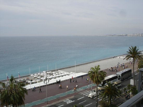Le Royal : Mot havet og flyplassen i Nice