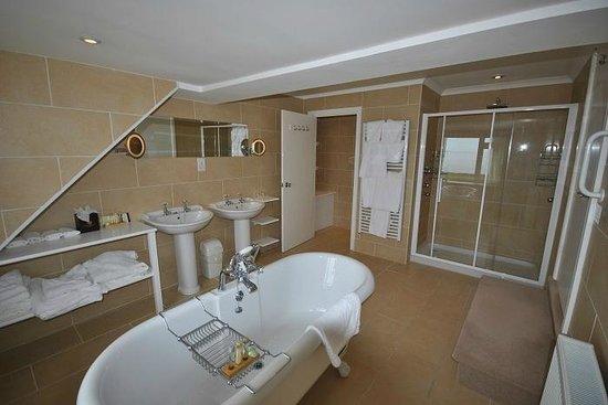 Warpool Court Hotel Restaurant: Bathroom