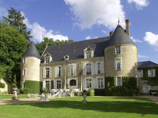 Chateau de Pray: façade
