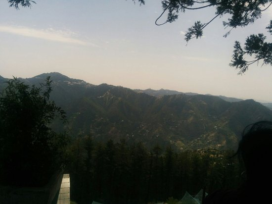Mashobra, Indien: Shimla side view from the observatory gallery